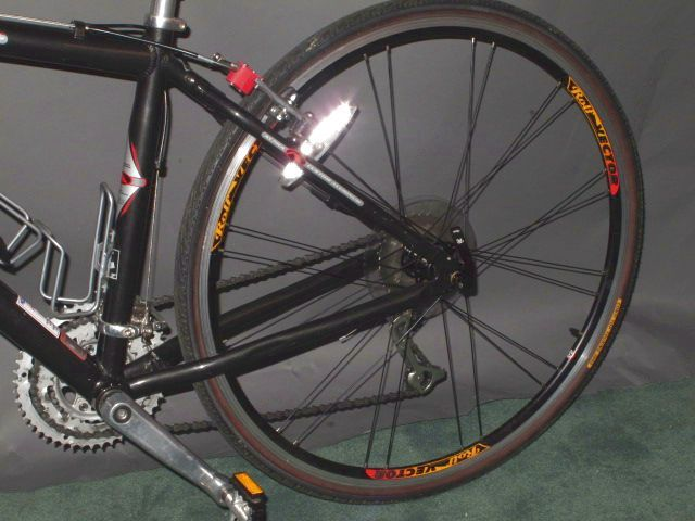 Trek 7700 Multitrack Hybrid Mountain Bicycle Bike 44cm