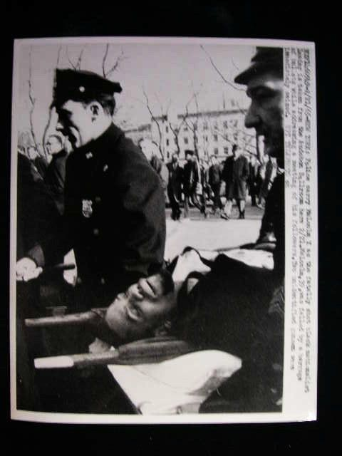 MALCOLM X SHOT DEAD IN NEW YORK CITY A LEADER RARE PHOTO 1965 #7853